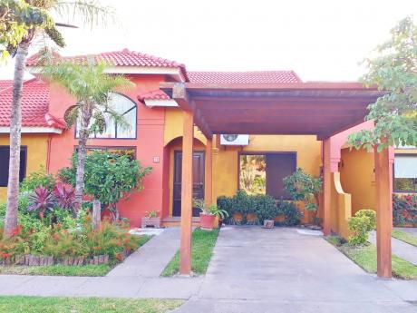 Casa En Alquiler En Condominio Cerrado, 4to Anillo Y Roca Y Coronado