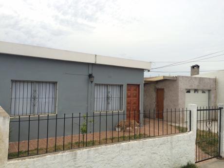 Se Vende Casa En Muy Buen Estado Con Monoambiente Y Garage