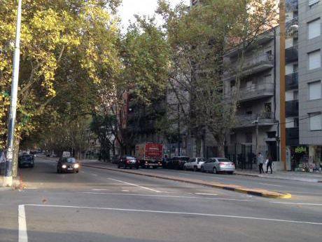 Frente A Consulado Español