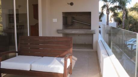 Alquiler Con Muebles- Av De Las Américas