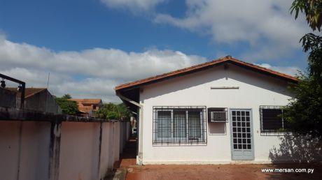 Vendo Casa Toda En Planta Baja En B° San Vicente (66)