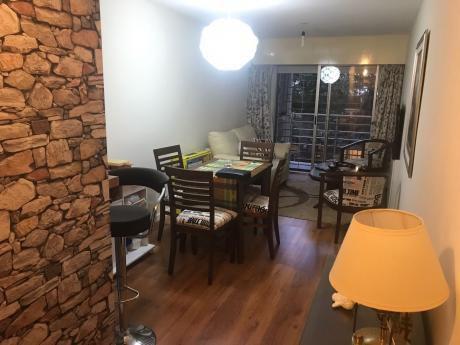 Apartamento En Punta Carretas, 1 Dormitorio, 1 Baño, Amueblado