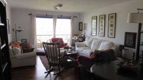 Muy Lindo Depto De 3 Dormitorios En Av De Las Américas