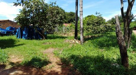 Vendo Hermoso Terreno En Esquina En Barrio Molino!
