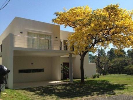 Alquilo Casa Exclusiva En Barrio Cerrado Luque