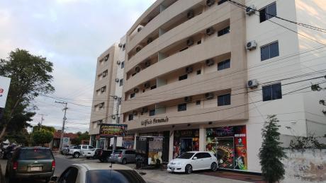 Edificio Fernando, Departamento En El Centro De Luque