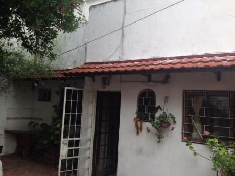Orden De Vender!!!gran Casa Sobre Avenida 3 Dormitorios Y Garaje
