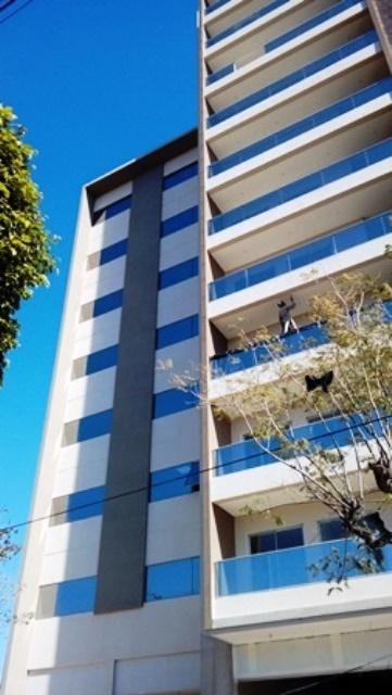 Tierra Inmobiliaria Vende-hermosas  Oficinas En Edificio Corporativo