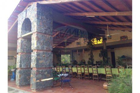 Hermosa Casa Quinta A Estrenar
