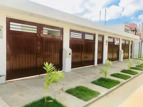 En Venta Casa A Estrenar Zona Sur Santos Dumont.