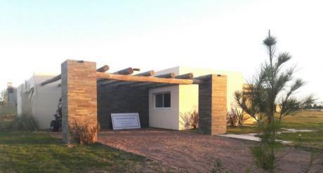 Casa A Estrenar En VIñedos De La Tahona