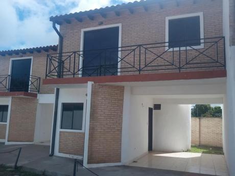 Alquilo Hermoso Duplex En Condominio Cerrado