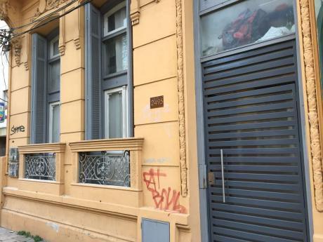 Apartamento Sobre Libertad Con Terraza Con Parrillero