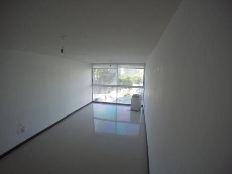 Apartamento En Alquiler Monoambiente Sobre 21 De Setiembre