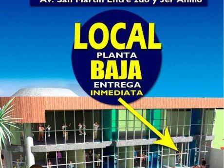 Local Comercial En Equipetrol!! Alquiler 1400 $us.