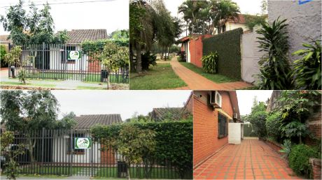 Bonita Casa En Venta!!! Salida A Dos Calles Ideal Para Vivienda O Negocio