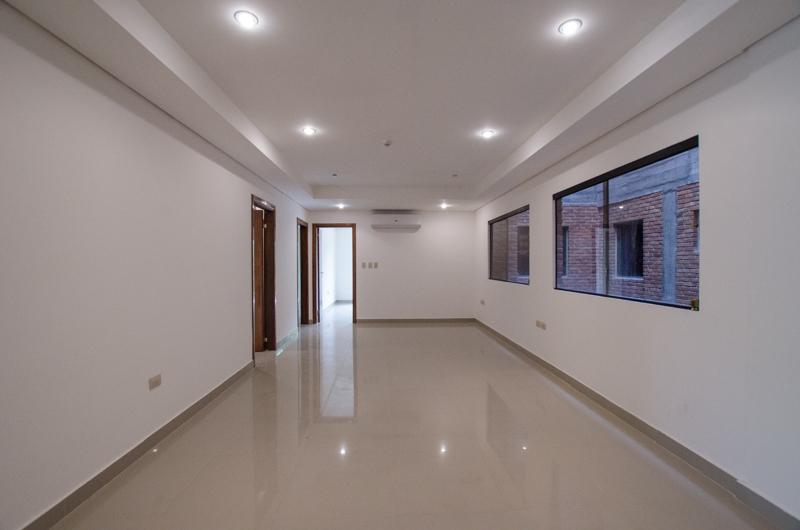 Tierra Inmobiliaria - Departamento En Exclusivo Edificio - La Place