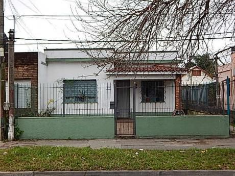 Buena Casa En Pleno Corazòn De Sayago