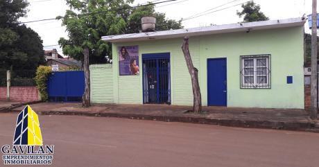 Residencia Con Salones Comerciales
