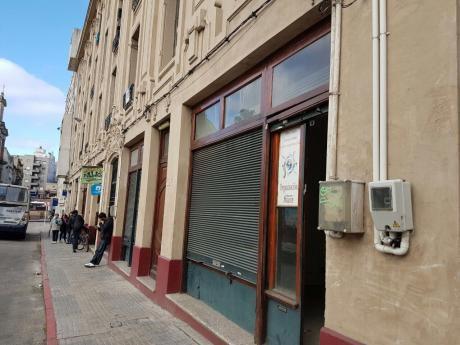 Alquiler Local Comercial En Ciudad Vieja