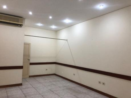Alquilo Oficina Céntrica Equipada Con Aire Y Linea Baja