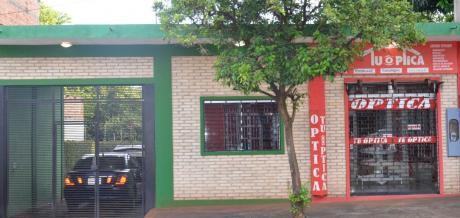 Vendo Casa Con Salon A Pasos Del Centro De Salud De Pdte. Franco