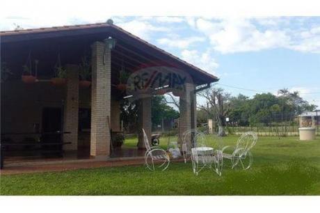 Casa Quinta En Aregua !!