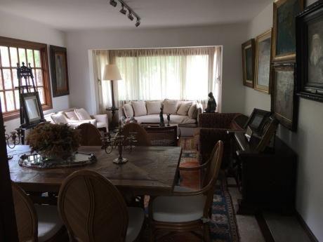 Venta Casa Lomas De La Tahona Con Renta 3 Dormitorios