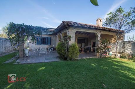 Casa En San Bernardino, Urbanización Puerta Del Lago