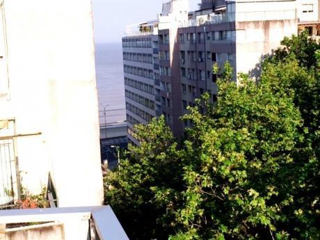 Apartamento 3 Dormitorios Con Parrillero Y Barbacoa , Vista
