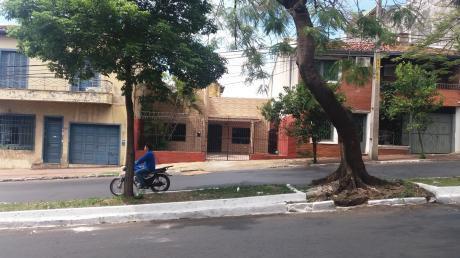 Alquilo Casa Zona Col Salesianito