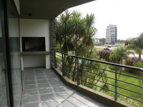 Apartamento En Alquiler Sobre Av. AmÉricas