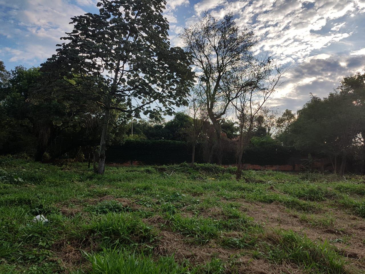 Terreno Luque Loma Merlo 13 X 30 A Una Cuadra De América, 3 De Leopard