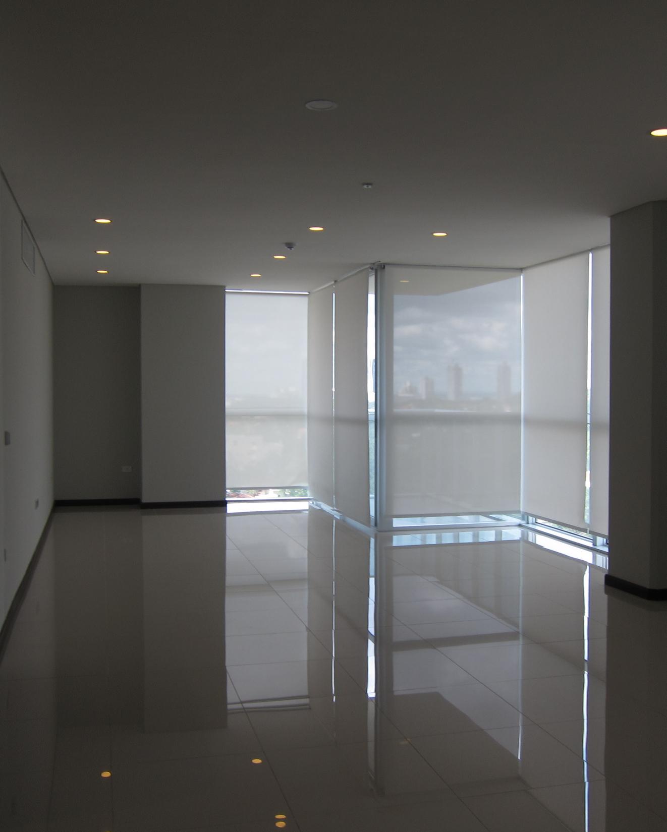 Vendo Dpto. A Estrenar Tres Dormit. Edif. Miami Tower