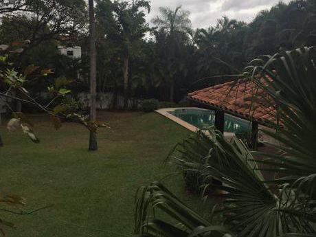 Hermosa Residencia Colonia Ltipo Quinta! En Pleno Barrio Trinidad Asuncion