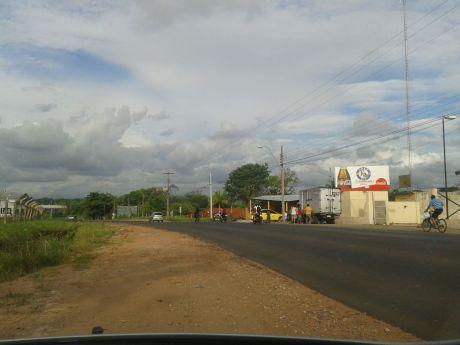 Alquilo Terreno De 37.627 M2 Sobre Avda Gral Aquino, Zona Curva Romero.