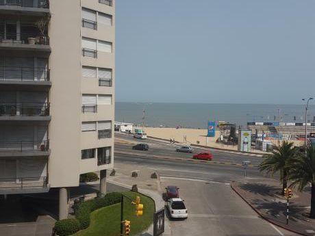Espectacular Vista Al Mar , Benito Blanco Y Buxareo