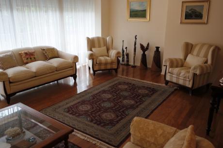 Venta Apartamentos, 3 Dormitorios Villa  Biarritz- Punta  Carretas Con Patio