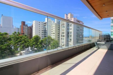 Apartamento En Venta Con Inquilinos: 2 Dormitorios, 2 Baños, Garage Y Barbacoa