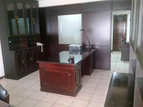 Hermosa Oficina De 70 M2 Amoblada En Alquiler