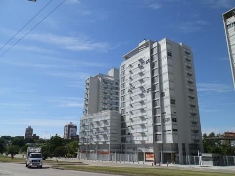 E-tower Avenue - Campiglia