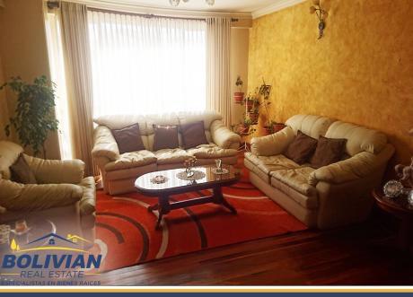 Achumani, En Alquiler Bonito Penthouse Duplex Amoblado