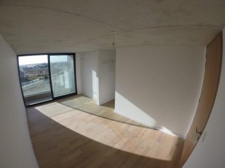 1 Dormitorio Con Excelente Vista Y Servicios!