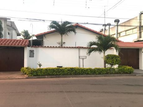 Casa A Pocos Metros De La Av Santos Dumont