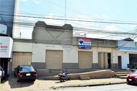 Amplio Local Comercial Sobre Eusebio Ayala