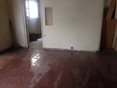 Apto. Interior. Para Reciclar. Carbajal Victorica Y Hervidero