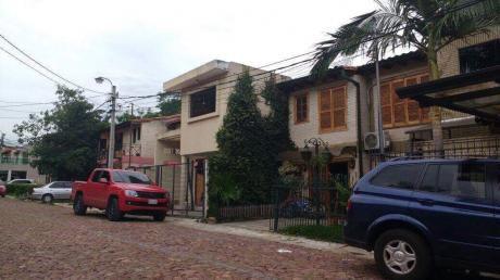 Vendo Duplex En LambarÉ. En Barrio Cerrado A Una Cuadra De Cacique Lambaré.