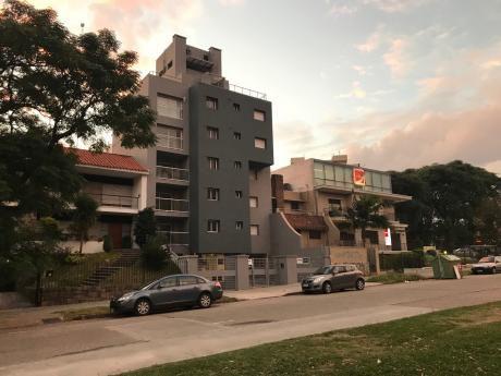 Frente Parque Batlle, Apartamentos De Categoría. Consulte