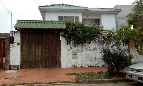 Casa En Venta  Santos Dumond Y 2do Anillo Zona Ramafa