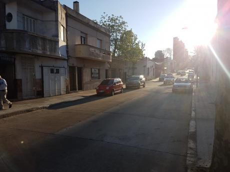 Casa De 2 Dormitorios En Pocitos. Manuel Haedo Y Mac Eachen